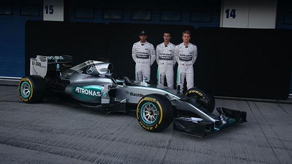 Foto presentazione Mercedes F1 W06 Hybrid